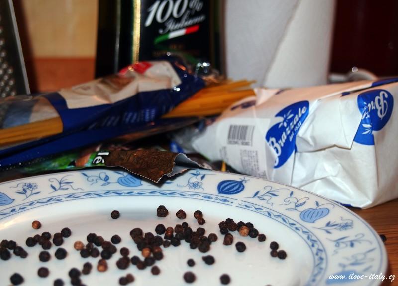 ingredience na těstoviny