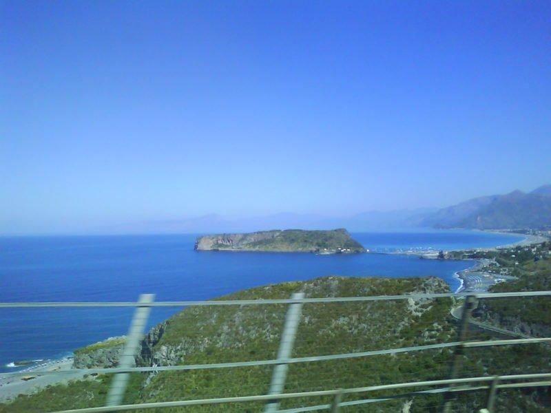 ostrov dino kalábrie