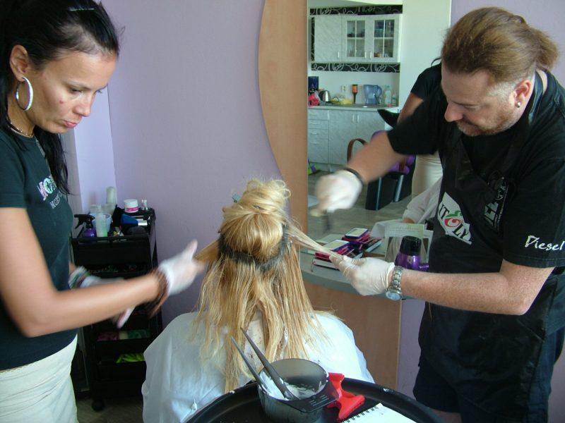 kadeřnické potřeby itálie