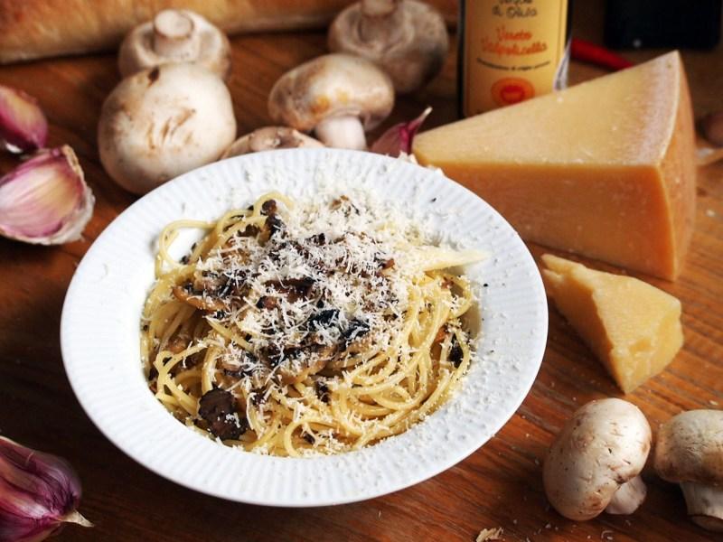 špagety s lanýži