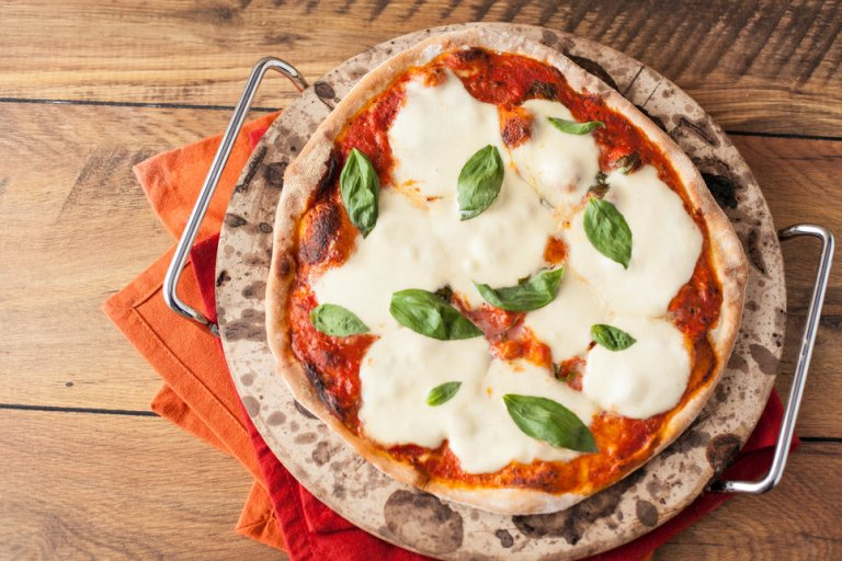how to make pizza_dough with www.ilovecooking.ie