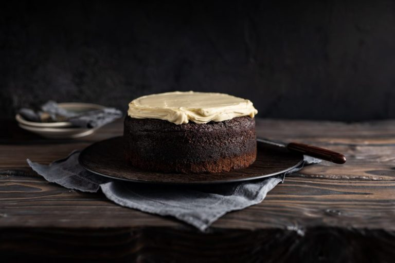 Guinness Cake with Baileys Cream Cheese Frosting, I love cooking cakes