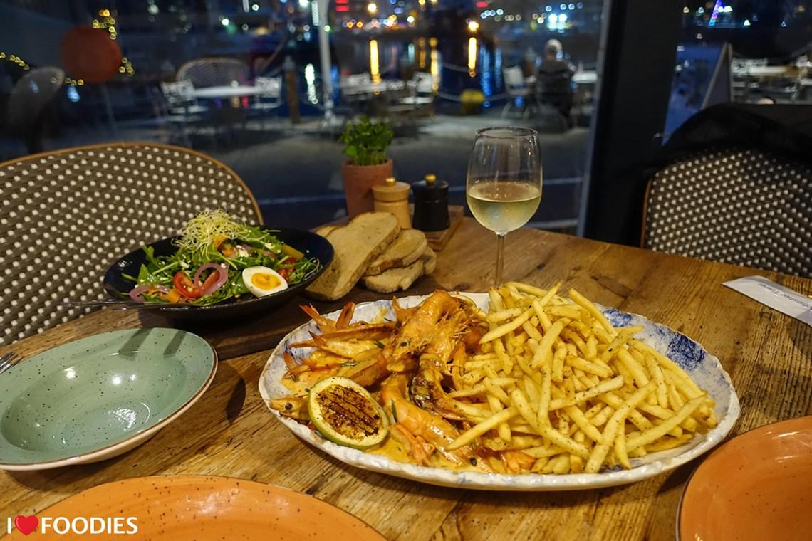 Ginja restaurant prawn and wine special
