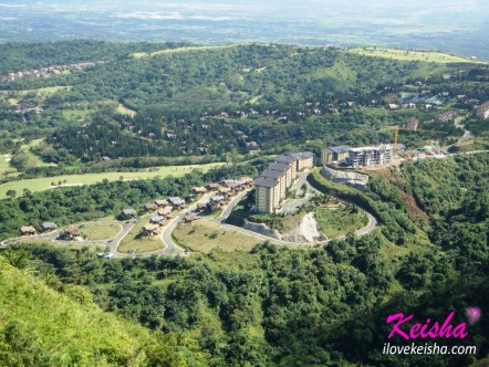 Bird's-eye view of Tagaytay Highlands
