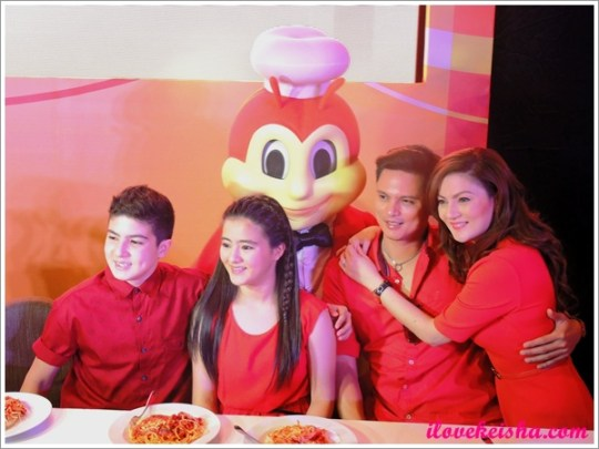 Carmina Villaroel and family for Jollibee