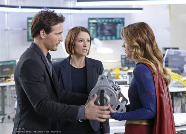 Peter Facinelli as Maxwell Lord, Chyler Leigh as Alexandra _Alex_ Danvers and Melissa Benoist as Kara Danvers