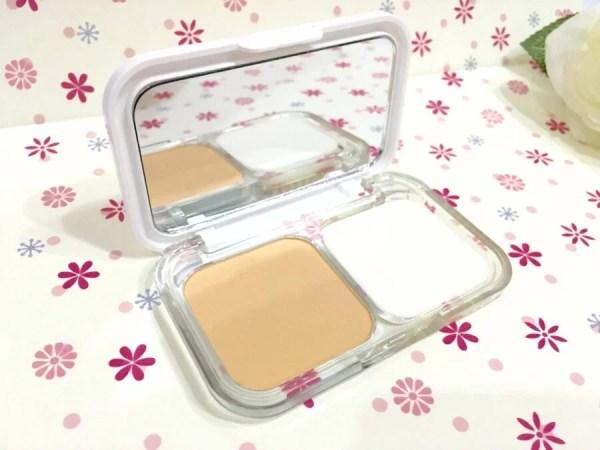 Maybelline White Super Fresh Powder Foundation 1