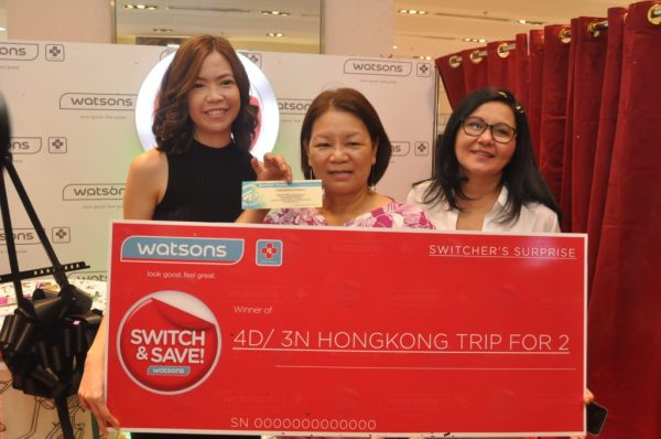 Watson's Karen Fabres and Watsons Generics Ambassador Lorna Tolentino with Switcher Surprise Winner Esther Blanco