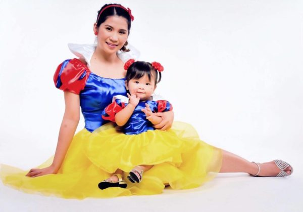 Mommy Kaye and Keisha as Snow White