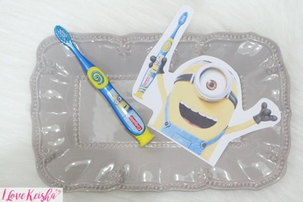 Colgate Minion Toothbrush Junior