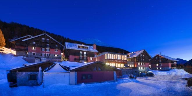 Alpen Village Hotel ***