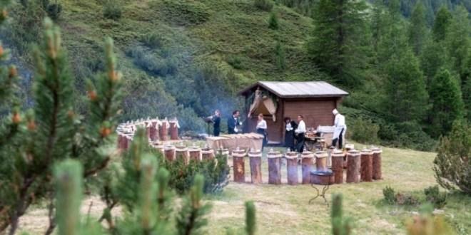 Grande successo per Sentiero Gourmet: ingredienti della tradizione e sapori contemporanei per una serata insolita e romantica tra i boschi di Livigno
