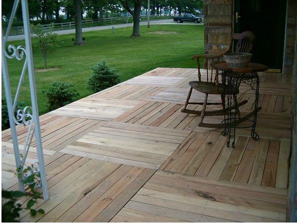 cmo hacer un suelo con madera de palets en el porche