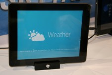 CES 2012 : Tablette Skytex SkyTab X series sous Windows 8 7