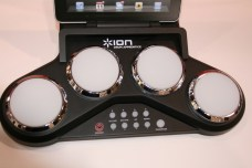 CES 2012 : Accessoire ION, apprenez la batterie avec le ION Drum apprendice et ION Drum Master 4