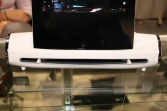 CES 2012 : Mustek nous présente le S400 Docking Station, un scanner pour iPad 2