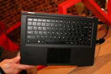 Lenovo IdeaPad YOGA 13 : un ultrabook transformable en tablette 4