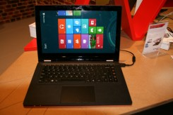 Lenovo IdeaPad YOGA 13 : un ultrabook transformable en tablette 2