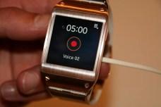 Samsung Galaxy Gear : caractéristiques, photos et vidéo de prise en main (poignet !) 19