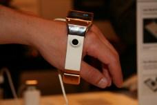 Samsung Galaxy Gear : caractéristiques, photos et vidéo de prise en main (poignet !) 29