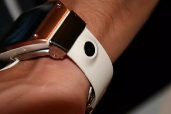 Samsung Galaxy Gear : caractéristiques, photos et vidéo de prise en main (poignet !) 34