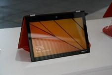 IFA 2013 : Prise en main de la nouvelle version du PC convertible Lenovo Yoga 2 Pro au format 13 pouces 3