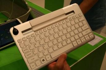 IFA 2013 : Prise en main de la Acer Iconia W3, une tablette de 8 pouces tournant sous Windows 8 10
