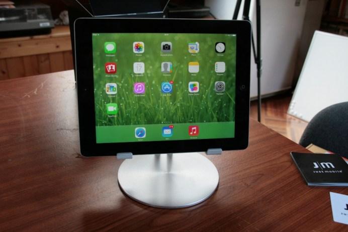 Test accessoire pour tablette : Just Mobile UpStand deluxe pour iPad, Android et Windows 8 2