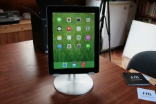 Test accessoire pour tablette : Just Mobile UpStand deluxe pour iPad, Android et Windows 8 12