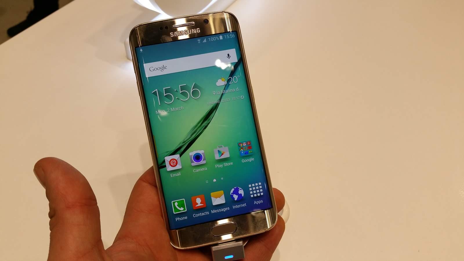[MWC 2015] Prise en main des smartphones Samsung Galaxy S6 ...