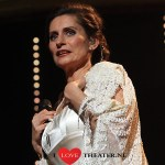 PIA DOUWES SPEELT HOOFDROL IN THE ADDAMS FAMILY