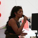 April Darby optreden Stage podium – FotoReportage