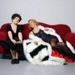 In bed met Dietrich en Piaf op tournee door Nederland