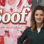 Voetbalster Dominique Bloodworth beleeft première in Soof de musical in Heerlen
