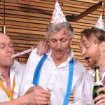 Cabarettrio Niet Schieten! viert 25 jaar jubileum