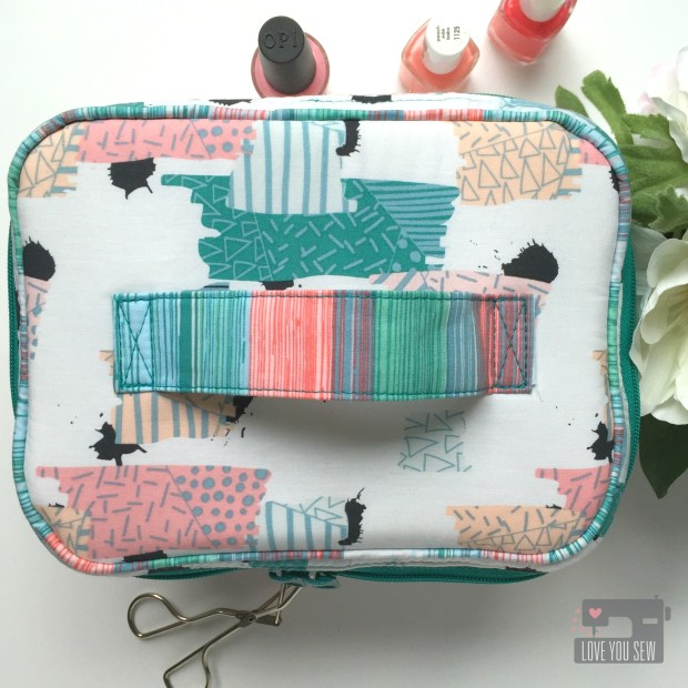 Traincase Top