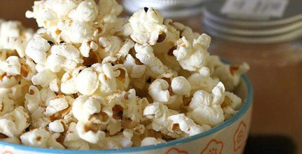 Popcorn infallibili di mais felice