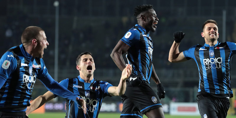 L'Atalanta festeggia la vittoria per 3-0 contro la Juventus che la porta in Semifinale di Coppa Italia. Foto: Getty Images.