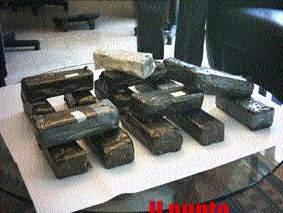 Scoperto magazzino della droga a Frosinone, sequestrati hashish e cocaina per milioni di euro