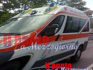 Infermiera investe due anziani nel parcheggio dell'ospedale: muore 81enne