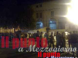 """Morsi di gelosia durante la movida a Cassino, 22enne """"azzanna"""" al volto la fidanzata"""