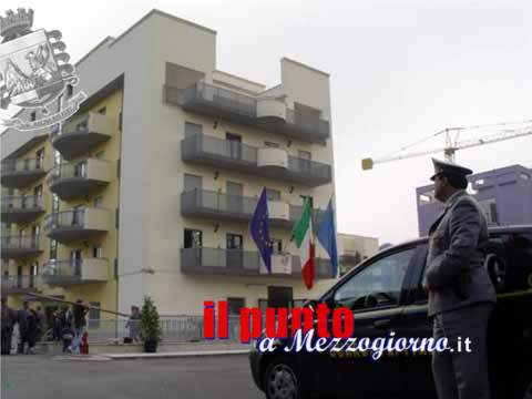 Sequestrate case e macchine a coppia di spacciatori di Cassino