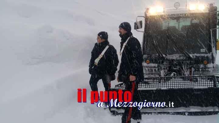 Prigionieri nel crepaccio a Campo Staffi, due escursionisti romani salvati a Filettino