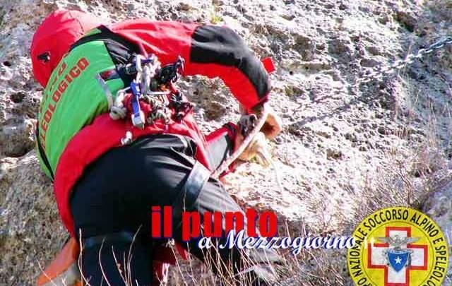 Colta da malore mentre pratica una arrampicata a Caprile, 25enne soccorsa dal Cnsas