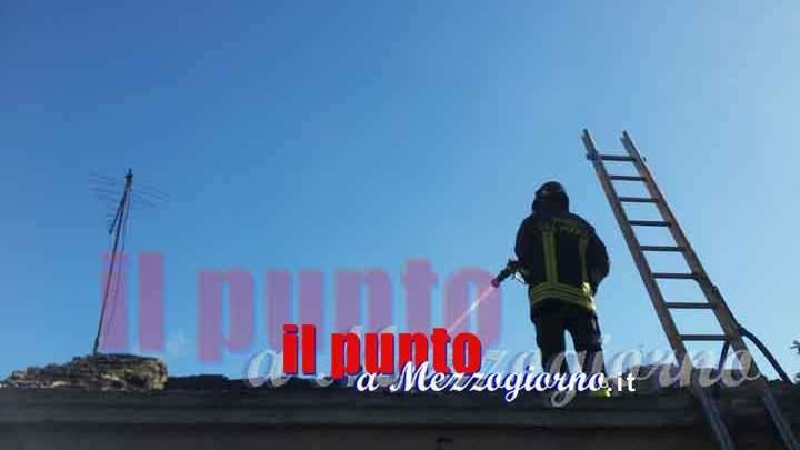 Incendio alla ex Videocon di Anagni, in fiamme capannone di mille metri