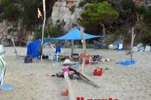abusivi-spiaggia-arenauta1