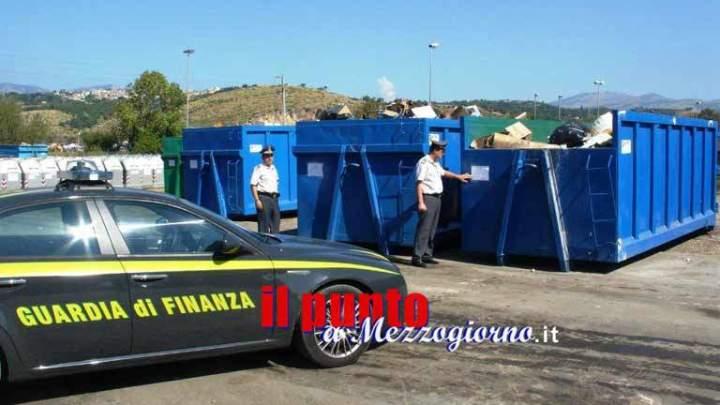 Raccolta rifiuti, 11 indagati a Minturno. Quattro sono dipendenti del Comune