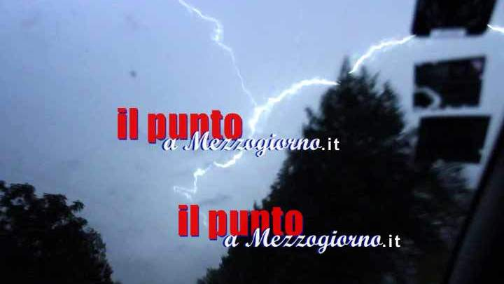 Maltempo: in arrivo piogge, venti forti e neve anche a quote basse. Allerta arancione su Umbria e Marche
