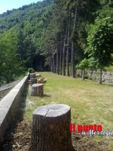 Viale-del-Beato-Andrea-Conti-che-conduce-alla-Grotta