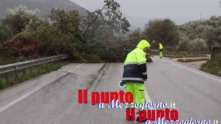 Un forte vento spazza il centro Italia